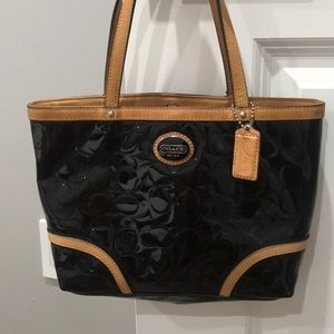 Small Coach Peyton Embossed Patent leather tote